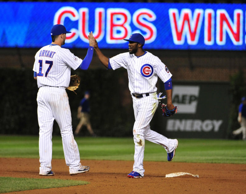 Russell delivers in 3-run 7th, Cubs beat Cardinals 5-3