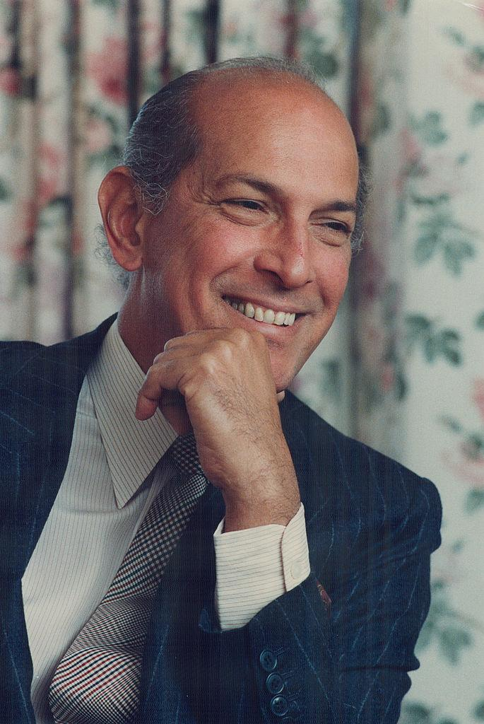 Oscar de la Renta's impact transcended generations, trends, and even political parties. (Photo: Getty)