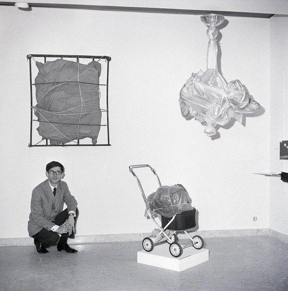 Christo at an exhibition of his early work in Rome in 1963 - Bettmann