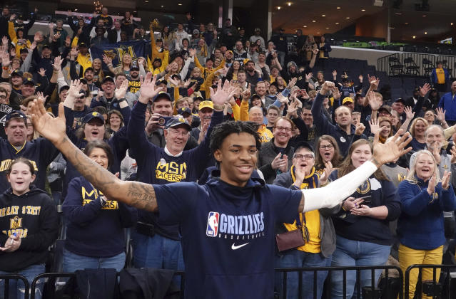 Murray State fans cheer for Memphis Grizzlies rookie Ja Morant at a game this month. (AP Photo/Karen Pulfer Focht)
