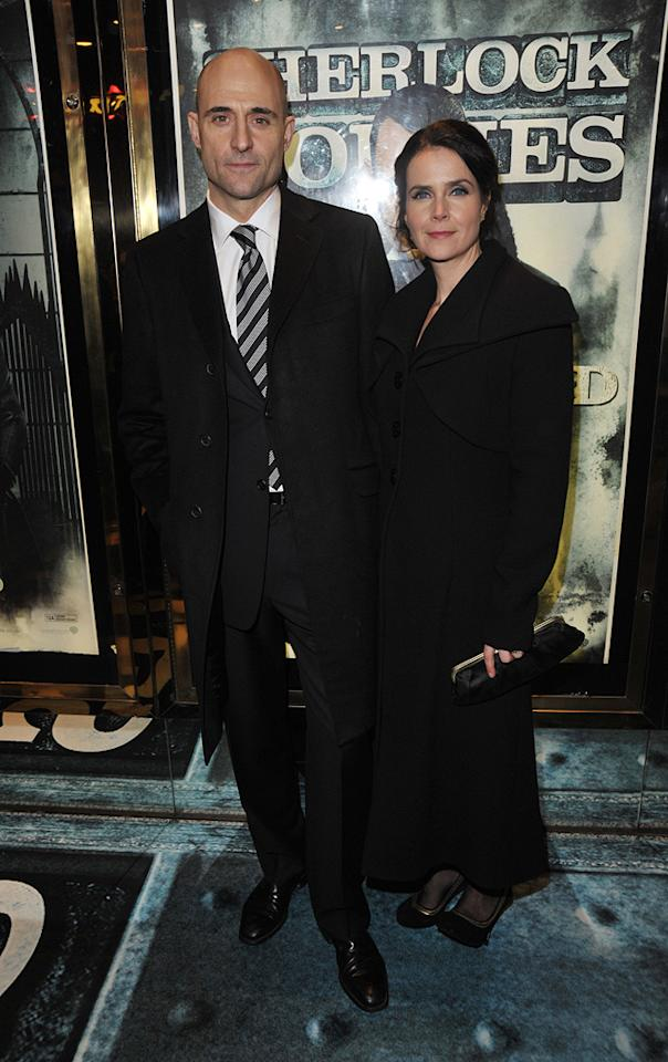 """<a href=""""http://movies.yahoo.com/movie/contributor/1800026547"""">Mark Strong</a> and guest at the London premiere of <a href=""""http://movies.yahoo.com/movie/1810045845/info"""">Sherlock Holmes</a> - 12/14/2009"""