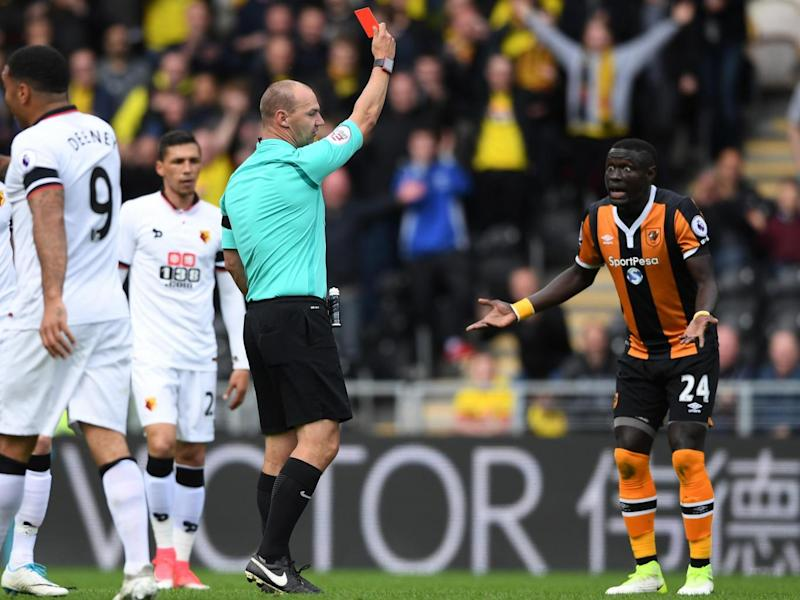 Niasse was stunned to see the red card (Getty)