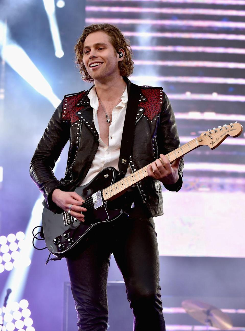 "<p>Height: 6""2'-6""4'</p><p>Despite contention from the fans about it, the frontman of <a href=""https://www.menshealth.com/entertainment/a31955759/5sos-interview-album-calm-music/"" rel=""nofollow noopener"" target=""_blank"" data-ylk=""slk:5 Seconds of Summer"" class=""link rapid-noclick-resp"">5 Seconds of Summer</a> thinks he's ""6'2"" <a href=""https://youtu.be/-B0qVahzkXU?t=67"" rel=""nofollow noopener"" target=""_blank"" data-ylk=""slk:at best"" class=""link rapid-noclick-resp"">at best</a>.""</p>"