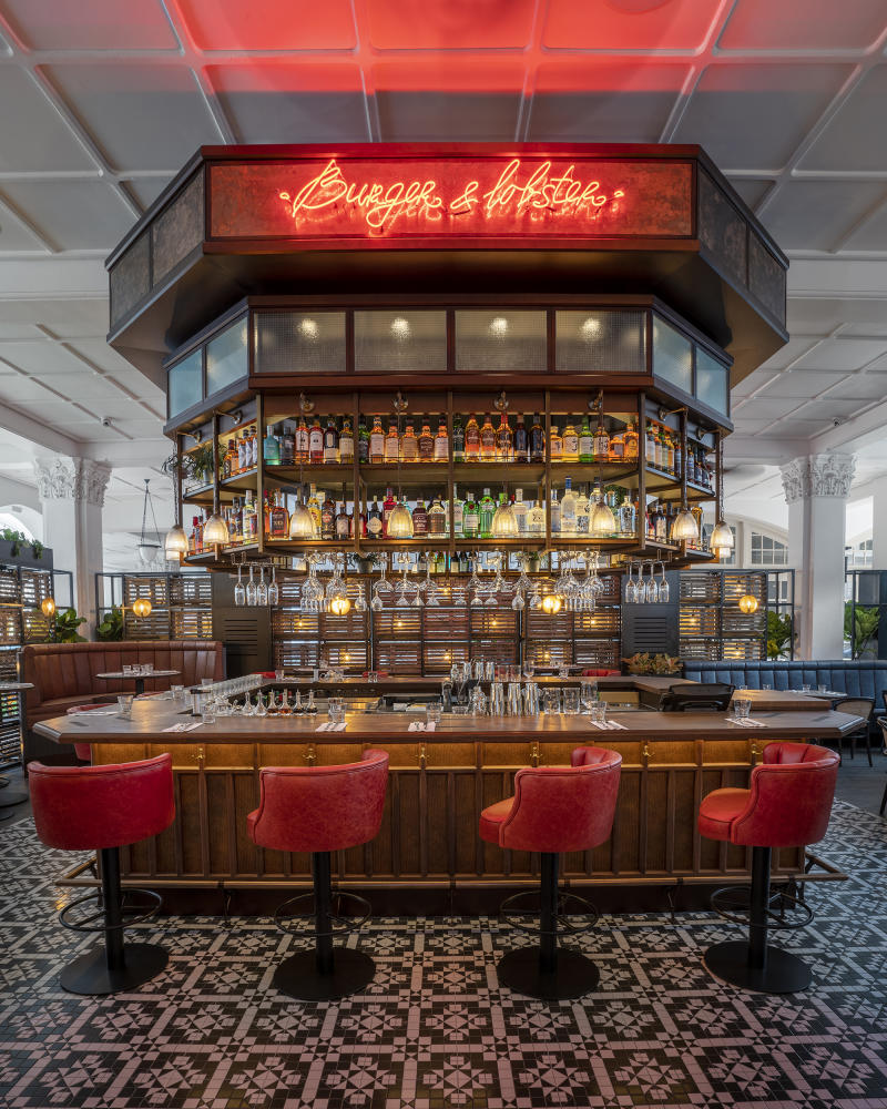 Burger & Lobster at The Raffles Hotel Singapore. (PHOTO: Burger & Lobster)