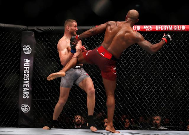 Ultimate Fighting Championship - UFC Fight Night - Jimi Manuwa vs Jan Blachowicz - O2 Arena, London, Britain - March 17, 2018 Jimi Manuwa of England (R) and Jan Blachowicz of Poland (L) in action REUTERS/Matthew Childs
