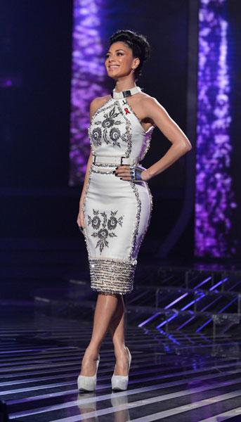 <b>Nicole Scherzinger, The X Factor, Sat 1st Dec </b><br><br>The judge wowed in a white Zeynep Tosun dress with silver embellishment, cream Crisian & McCaffrey shoes and a silver Shaun Leane glove.<br><br>© Rex