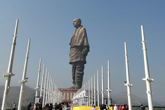 statue of unity image