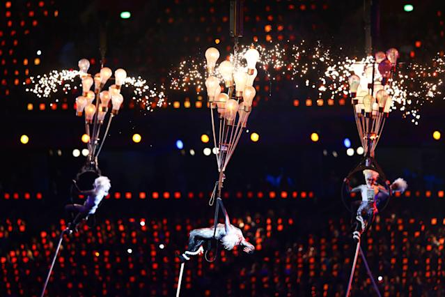 LONDON, ENGLAND - SEPTEMBER 09: Circus artists perform during the closing ceremony on day 11 of the London 2012 Paralympic Games at Olympic Stadium on September 9, 2012 in London, England. (Photo by Michael Steele/Getty Images)