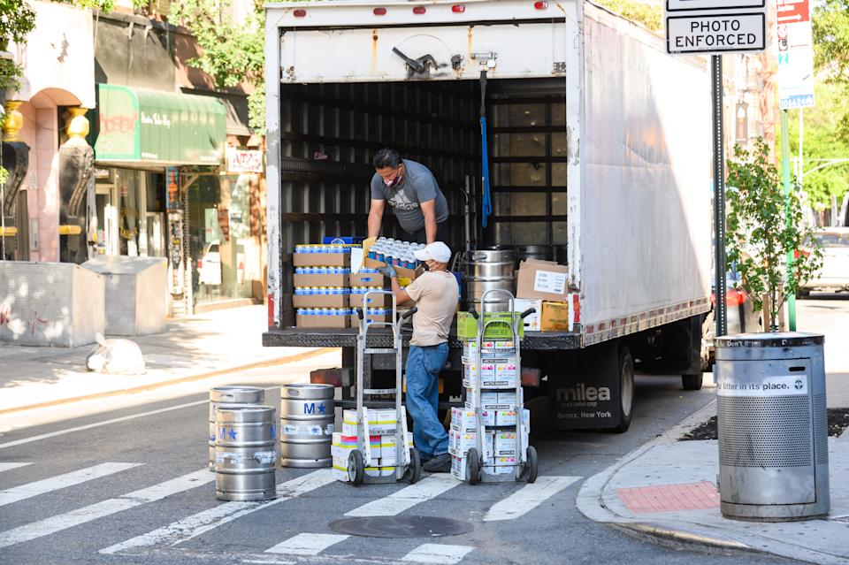 Electric trucks with 'zero tailpipe emissions' are delivering beer in NYC