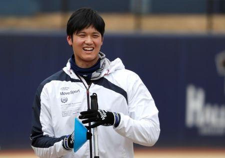 Japanese pitching and hitting star Shohei Ohtani works out ahead of his move to the Los Angeles Angels in Kamagaya, east of Tokyo, Japan January 5, 2018. REUTERS/Issei Kato