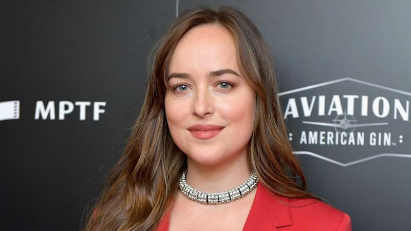 Dakota Johnson Says She Wasn't Giving Angelina Jolie Side-Eye at Golden Globes
