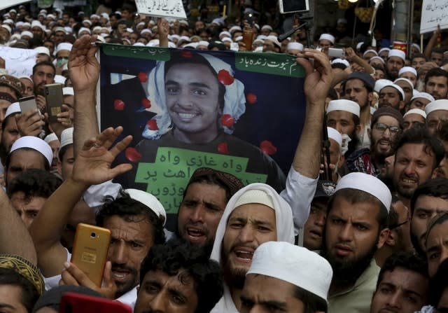 The rally favoured Khalid Khan, who gunned down Tahir Naseem in a courtroom in Peshawar