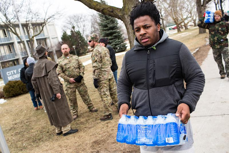 Flint residents may face foreclosure if they can't pay their water bills: Getty Images