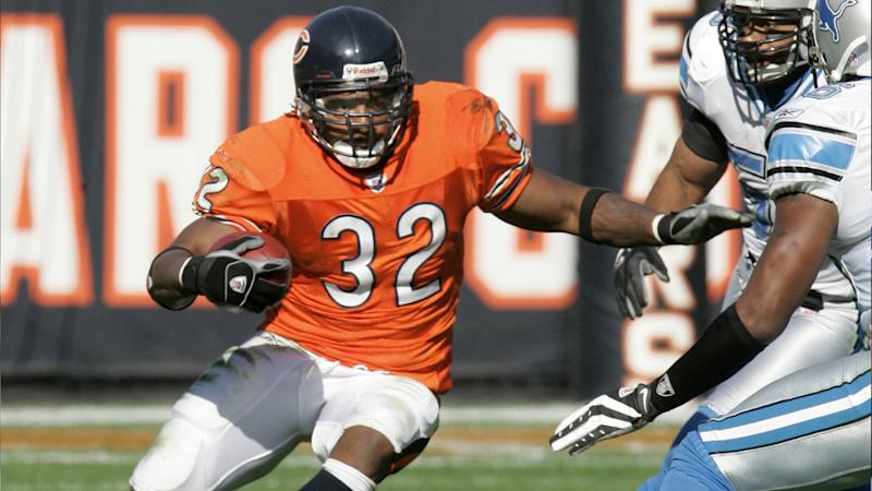 Death of former Bears RB Cedric Benson a blow – and a reminder