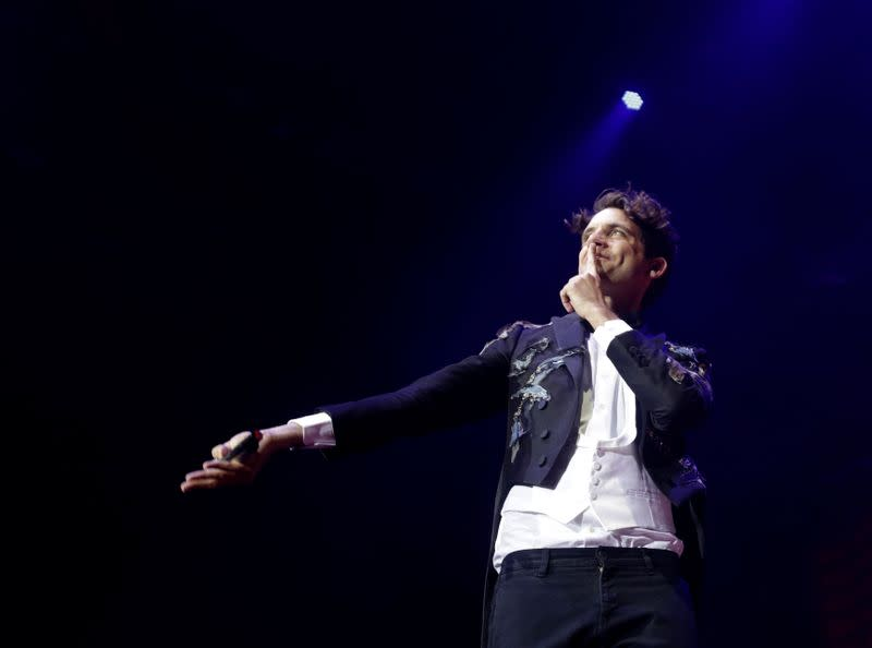 Beirut-born singer Mika to livestream concert for blast victims