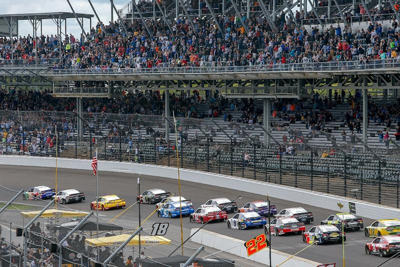 NASCAR 'confident' of finding new manufacturers