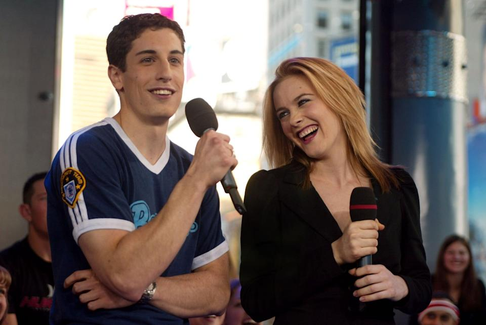 <p>Jason Biggs and Alicia Silverstone cracked up at the MTV Studios during their 2002 <b>TRL</b> appearance.</p>