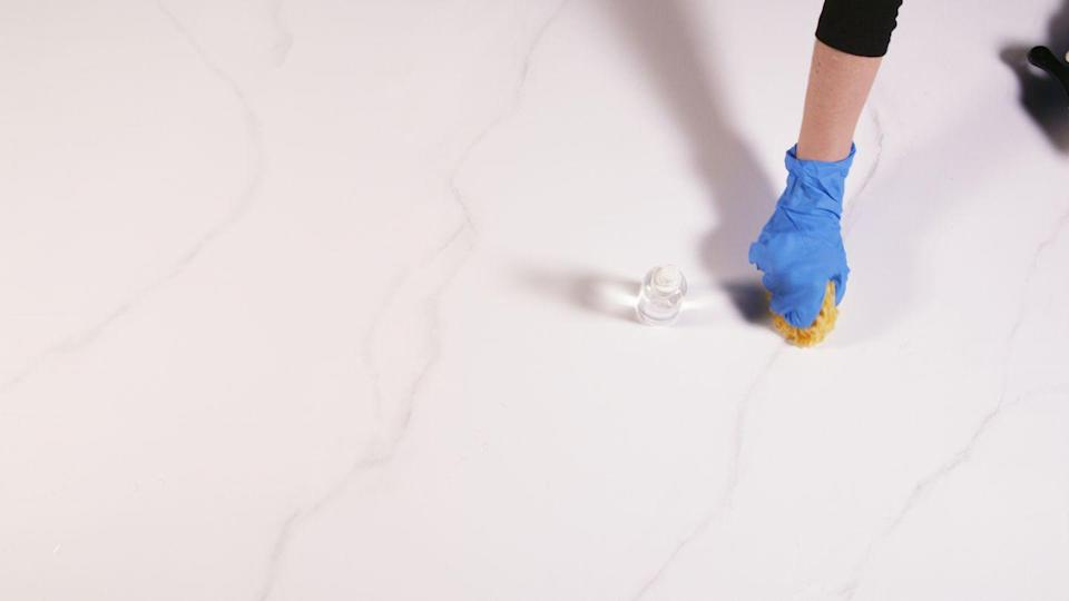 "<p>Yes, you can fake marble yourself—one of our editors tried it. <a href=""https://www.housebeautiful.com/home-remodeling/diy-projects/a30537795/diy-painted-marble-countertop/"" rel=""nofollow noopener"" target=""_blank"" data-ylk=""slk:Here's what she found out."" class=""link rapid-noclick-resp"">Here's what she found out.</a></p>"