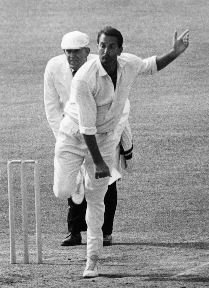 South African-born Worcestershire and England cricketer Basil D'Oliveira in action bowling.  Original Publication: People Disc - HU0279   (Photo by Central Press/Getty Images)