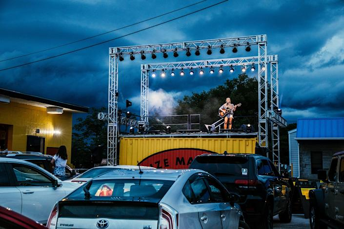 Lauren Jenkins performs onstage during Daddy's Dogs Drive In concert series at Daddy's Dogs on May 28 in Nashville
