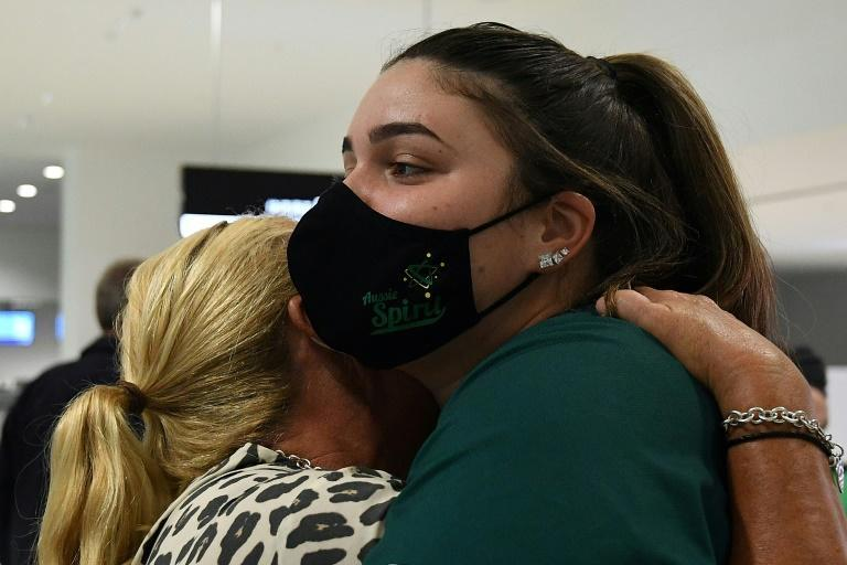 The players said their goodbyes at Sydney airport