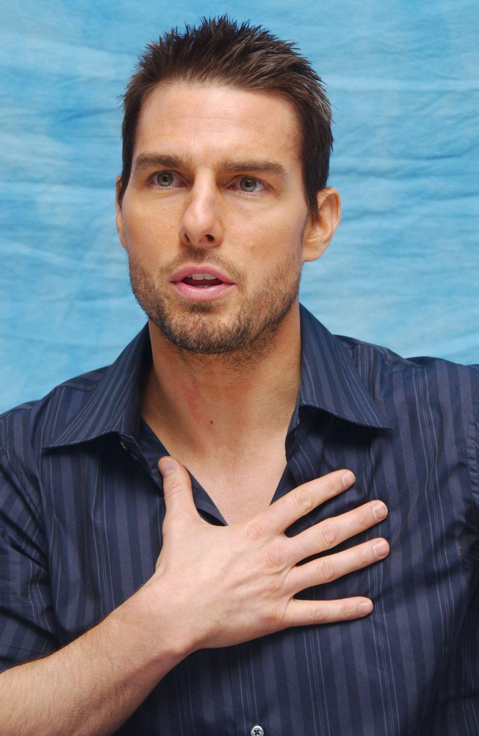<p>Tom Cruise is <em>always</em> sincere. Here he is, hand on his heart, at a press conference. </p>