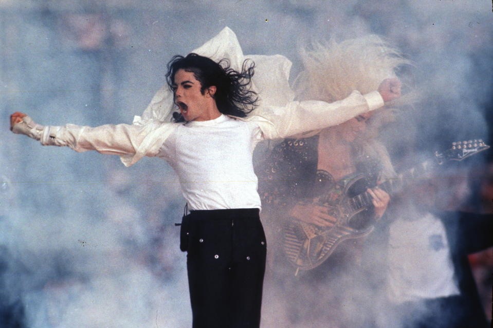 """FILE - This Feb. 1, 1993 file photo shows Pop superstar Michael Jackson performing during the halftime show at the Super Bowl in Pasadena, Calif. A stage musical about Michael Jackson will premiere in Chicago later this year before heading to Broadway in 2020. Officials said Wednesday that """"Don't Stop 'Til You Get Enough"""" will begin pre-Broadway performances at Chicago's Nederlander Theatre on Oct. 29 and run through Dec. 1. (AP Photo/Rusty Kennedy, file)"""