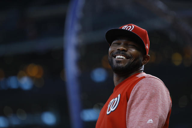 "Howie Kendrick will remain with the <a class=""link rapid-noclick-resp"" href=""/mlb/teams/washington/"" data-ylk=""slk:Nationals"">Nationals</a> for at least another season. (AP Photo/Matt Slocum)"