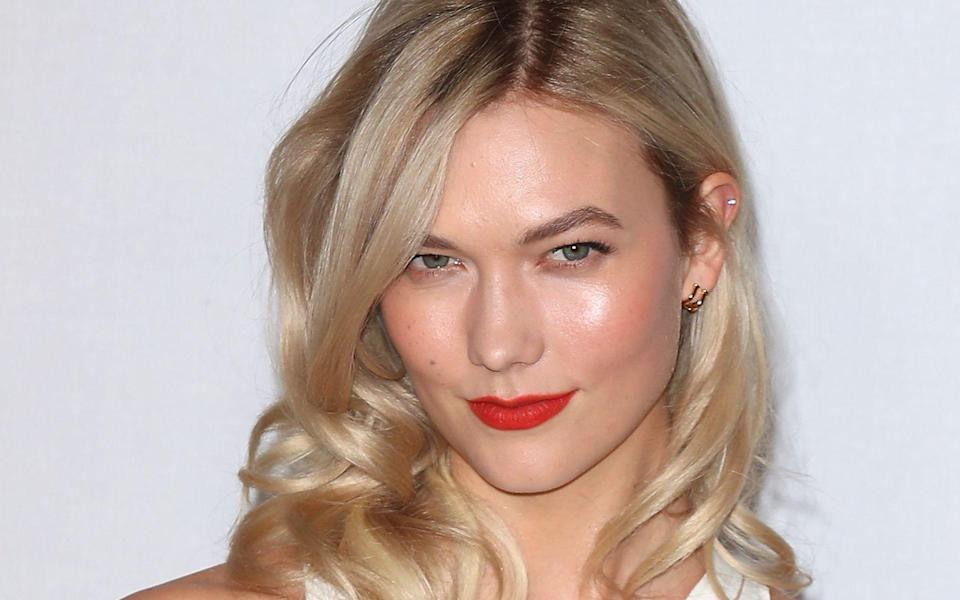 Karlie Kloss ist erstmals Mutter geworden. (Bild: Neil P. Mockford/Getty Images)