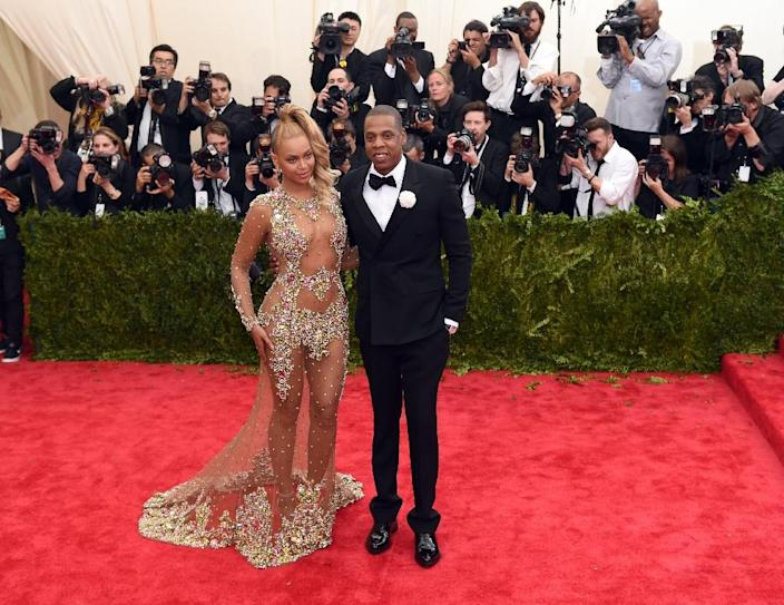 """Jay Z and Beyonce wrote a """"huge check"""" to support the """"Black Lives Matter"""" movement aimed at improving police treatment of African Americans, Dream Hampton says (AFP Photo/Timothy A. Clary)"""