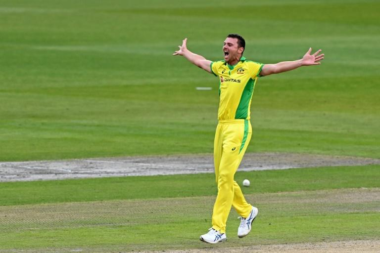Man of the match Josh Hazlewood took 3-26 as Australia beat England by 19 runs in the first ODI at Old Trafford