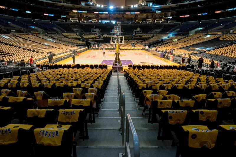 Lakers-Clippers rescheduled game to be played April 9