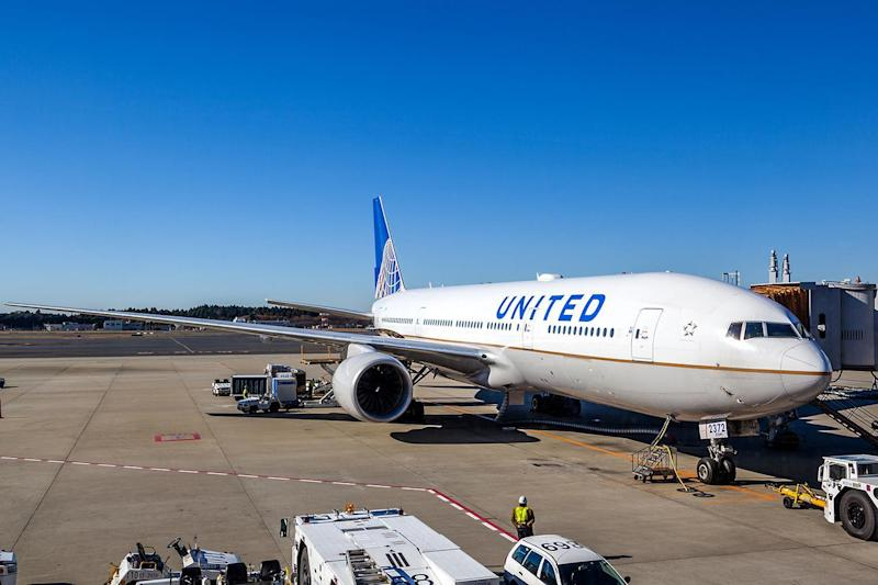 United Airlines experiences computer glitch, delaying many flights