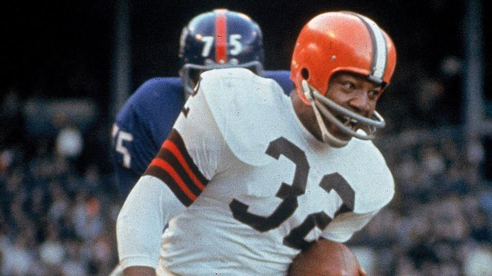 Mandatory Credit: Photo by Uncredited/AP/Shutterstock (10620159a)Cleveland Browns running back Jim Brown (32) carries the ball during an NFL football game against the New York Giants in Cleveland.
