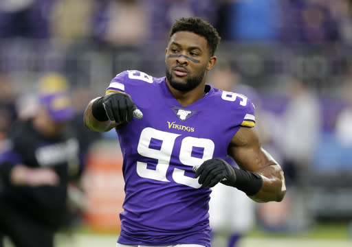 Star Vikings DE Hunter, still on IR, seeks 2nd opinion