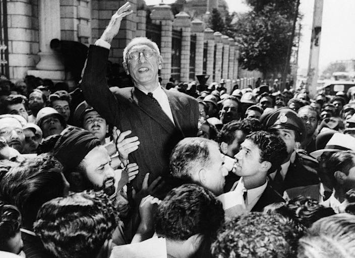 """<span class=""""caption"""">The ouster of Prime Minister Mohammad Mosaddegh marked a turning point in U.S.-Iran relations.</span> <span class=""""attribution""""><a class=""""link rapid-noclick-resp"""" href=""""http://www.apimages.com/metadata/Index/Iran-1953-Coup-Queen/0cd259f0ca654fa9801f16cbba9d2cc3/12/0"""" rel=""""nofollow noopener"""" target=""""_blank"""" data-ylk=""""slk:AP Photo/Jae C. Hong"""">AP Photo/Jae C. Hong</a></span>"""