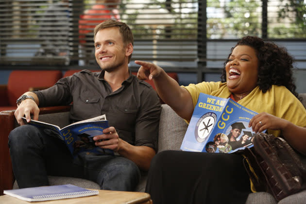 """History 101"" Episode 401 -- Pictured: (l-r) Joel McHale as Jeff, Yvette Nicole Brown as Shirley"