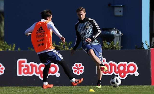 Football Soccer - Argentina's national soccer team training - World Cup 2018 - Buenos Aires, Argentina - May 24, 2018 - Lucas Biglia of Argentina during a training session. REUTERS/Agustin Marcarian