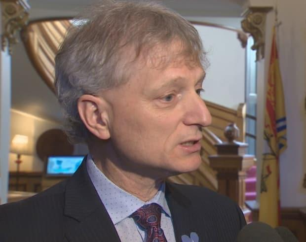 Liberal leader Roger Melanson said he was given the impression the hotels chosen as isolation sites were ready to participate in the program when it was rolled out.