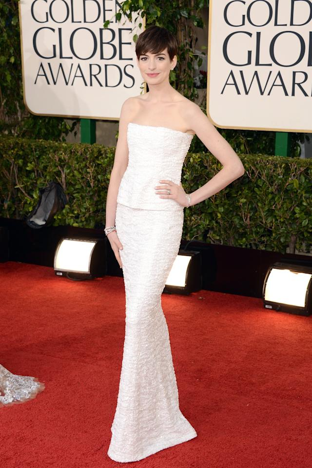 BEVERLY HILLS, CA - JANUARY 13:  Actress Anne Hathaway arrives at the 70th Annual Golden Globe Awards held at The Beverly Hilton Hotel on January 13, 2013 in Beverly Hills, California.  (Photo by Jason Merritt/Getty Images)