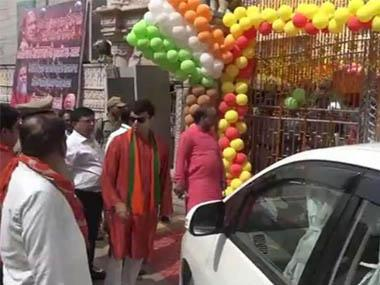 Allahabad SP gets abused, threatened for stopping UP BJP MLA Harshvardhan Bajpayee from entering Yogi Adityanath meeting