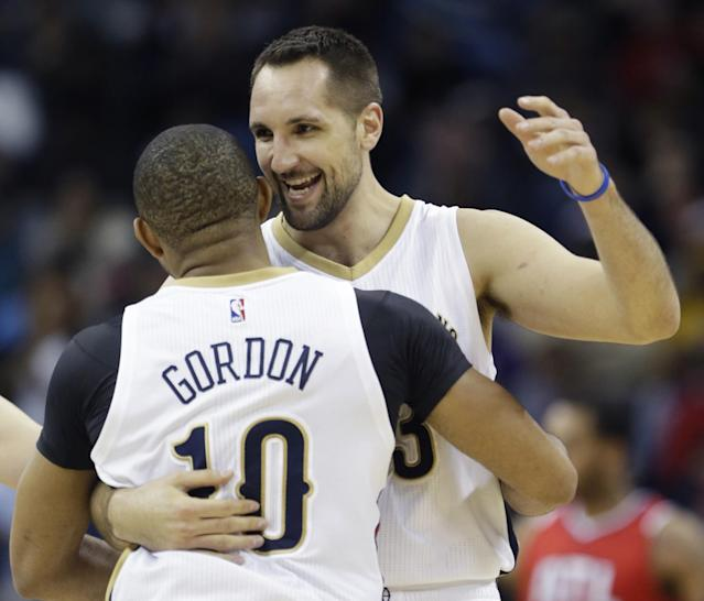 Ryan Anderson and Eric Gordon could feast on the offensive opportunities they get in Houston. (AP)