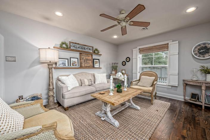 The two separate living areas mean there's plenty of room to relax and unwind. (Carol Embry, Picture It Sold(R))