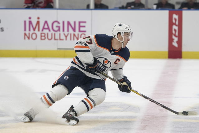"<a class=""link rapid-noclick-resp"" href=""/nhl/teams/edm/"" data-ylk=""slk:Edmonton Oilers"">Edmonton Oilers</a> superstar <a class=""link rapid-noclick-resp"" href=""/nhl/players/6743/"" data-ylk=""slk:Connor McDavid"">Connor McDavid</a> made an early bid for pass of the year with a ridiculous dish against the Blackhawks. (Liam Richards/The Canadian Press via AP)"