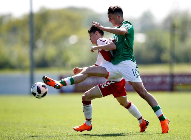 Soccer Football - UEFA European Under-17 Championship - Group C - Republic of Ireland v Denmark - St. George's Park Stadium, Burton-upon-Trent, Britain - May 8, 2018 Republic of Ireland's Troy Parrot in action with Denmark's Oliver Rose-Villadsen Action Images via Reuters/Carl Recine