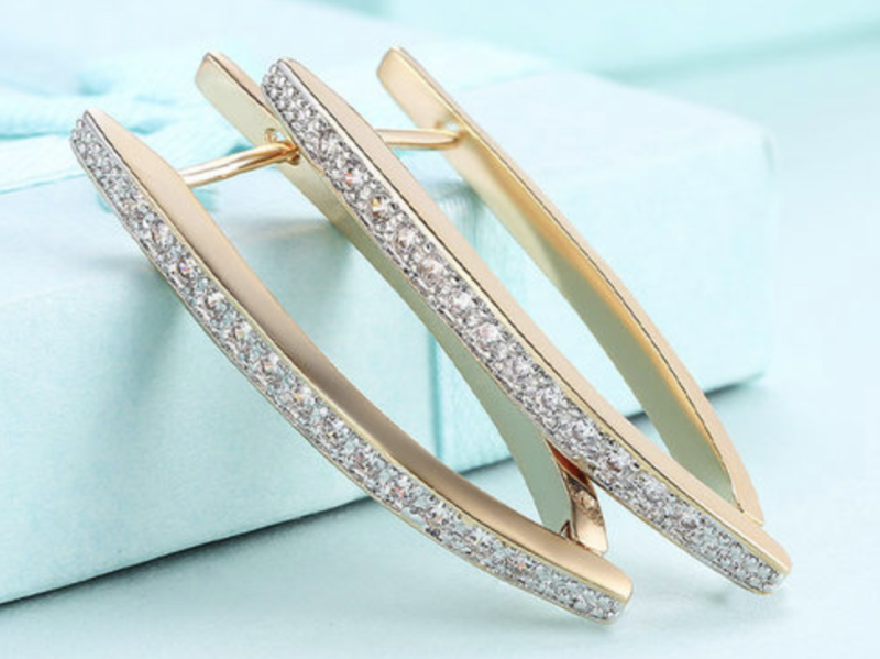 These Swarovski Earrings are 90% Off (Photo: Yahoo Lifestyle Shop)