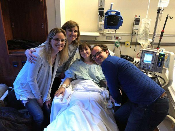 PHOTO: In this undated photo Hannah Goralski is pictured with her family before undergoing surgery to donate her kidney. (Courtesy Bethany Goralski)