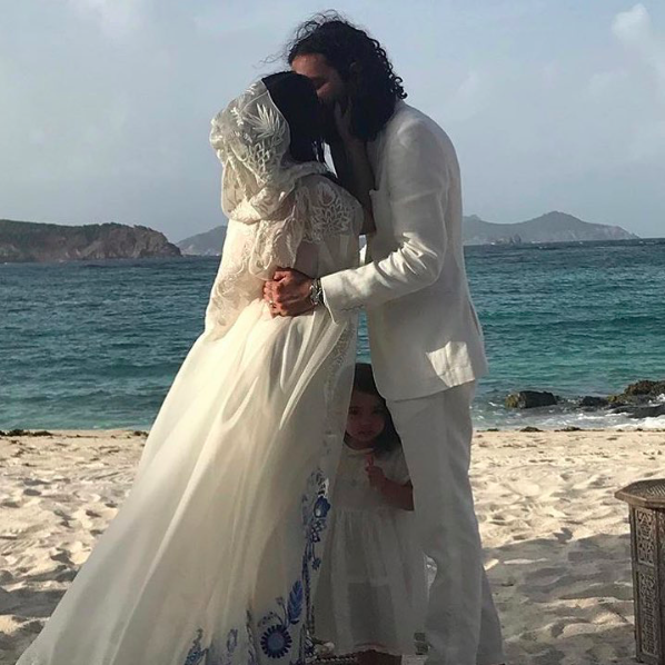 Ally Hilfiger's Wedding Dress Is Bohemian Perfection