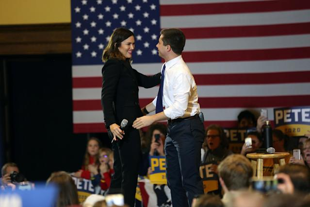"""""""He's the most electable,"""" Mandy Moore says of Pete Buttigieg. (Photo: REUTERS: Brenna Norman)"""