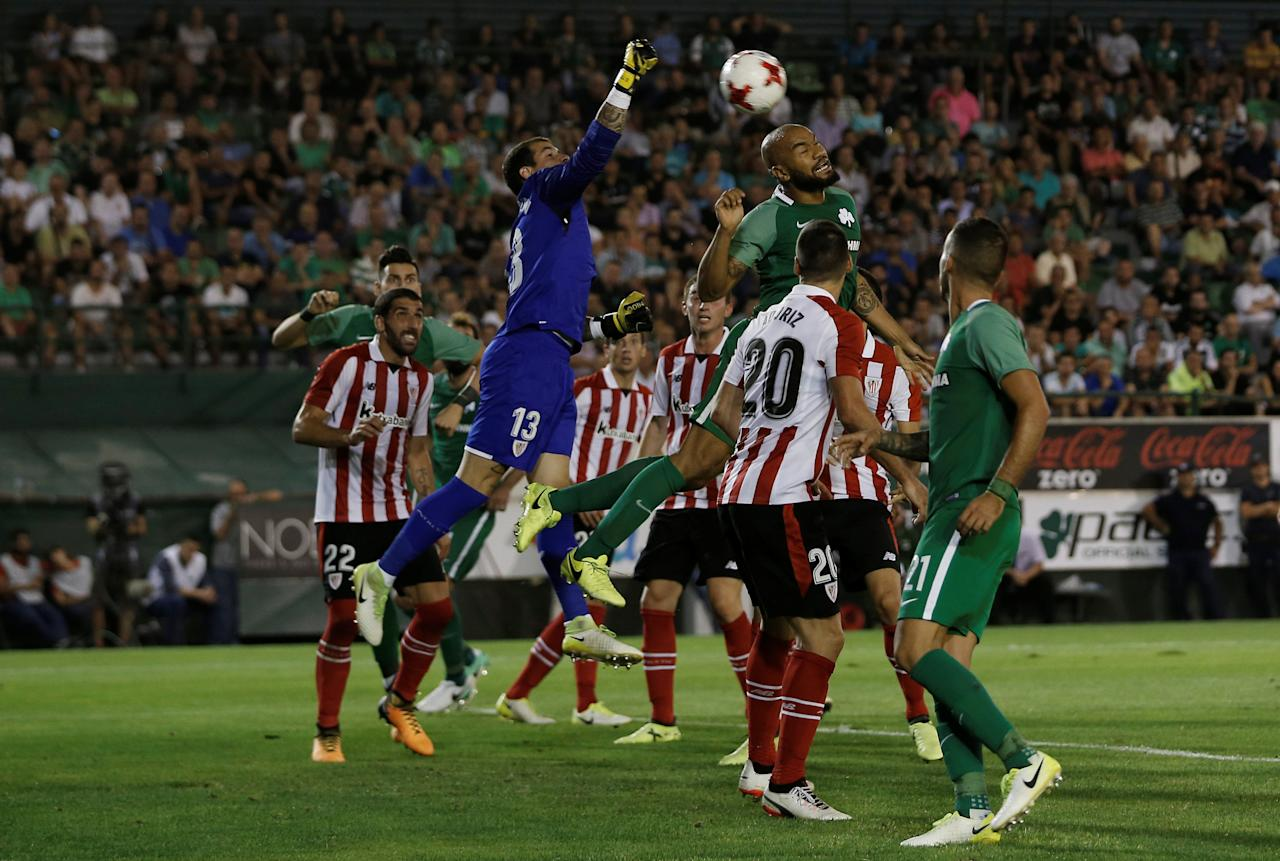 Soccer Football - Europa League - Playoffs - Panathinaikos vs Athletic Bilbao - Athens, Greece - August 17, 2017   Athletic Bilbao's Iago Herrerin in action with Panathinaikos' Rodrigo Moledo    REUTERS/Alkis Konstantinidis